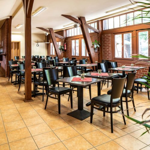 Restaurant-2-scaled